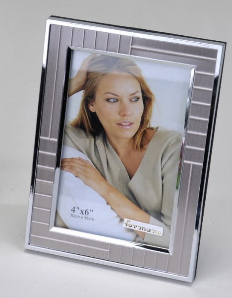 Formano Fotorahmen Streifen-Silber 10x15cm