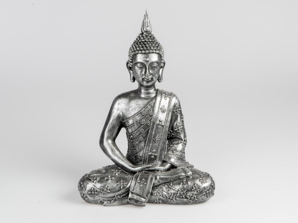 Kunststein-Figur Buddha sitzend 41cm mit reliefierter, antik-silberner Oberfläche von Künstlerhand g