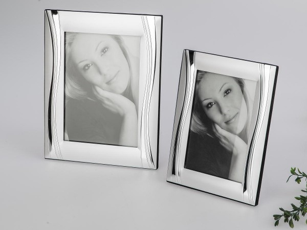 Fotorahmen 13x18cm Welle silber edle Metall-Rahmen mit glänzenden Elementen verziert