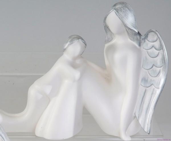Formano Engel mit Kind weiß-silber 32cm