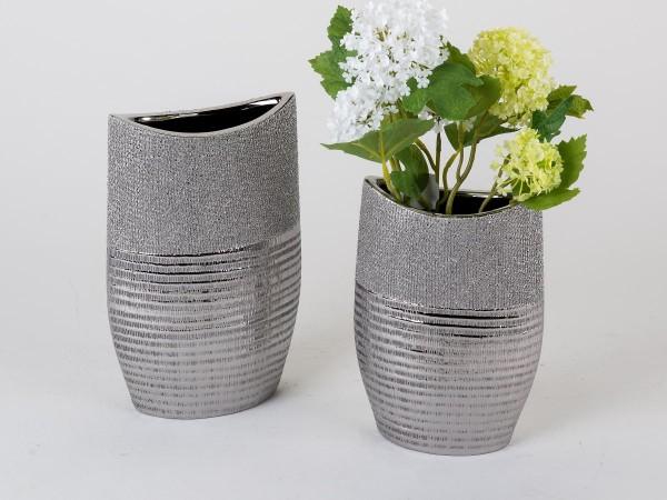 Vase 14x20cm Silberstreifen aus Steingut mit Relief, handgefertigt